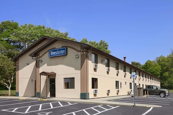 Photo for Travelodge by Wyndham Muskegon in Muskegon, Michigan