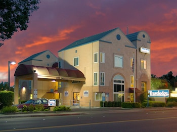 Travelodge Healdsburg - Sonoma Wine Country