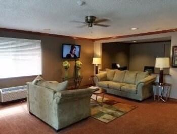 Baymont Inn & Suites Piqua - Lobby  - #0