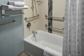 Hyatt Place Pittsburgh Cranberry - Deep Soaking Bathtub  - #0