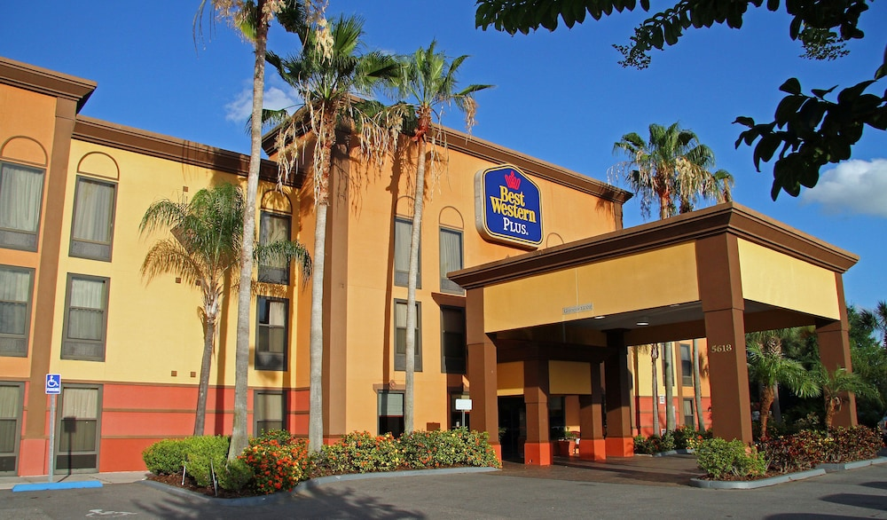 Universal Studios Hotels - All Hotels in and around