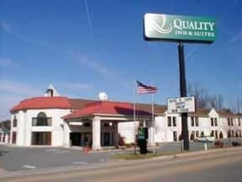 Quality Inn And Suites in Thomasville, North Carolina