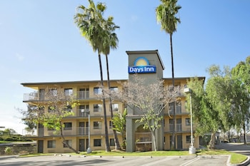 Days Inn by Wyndham Buena Park in Buena Park, California