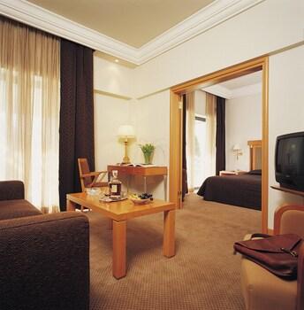 Atenas: CityBreak no Athens Zafolia Hotel desde 82,39€