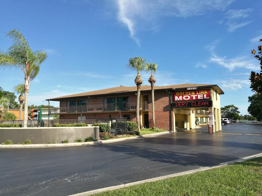 Golden Link Resort Motel