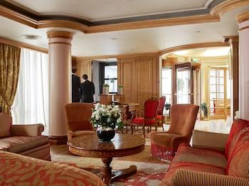 Hotel de Vigny