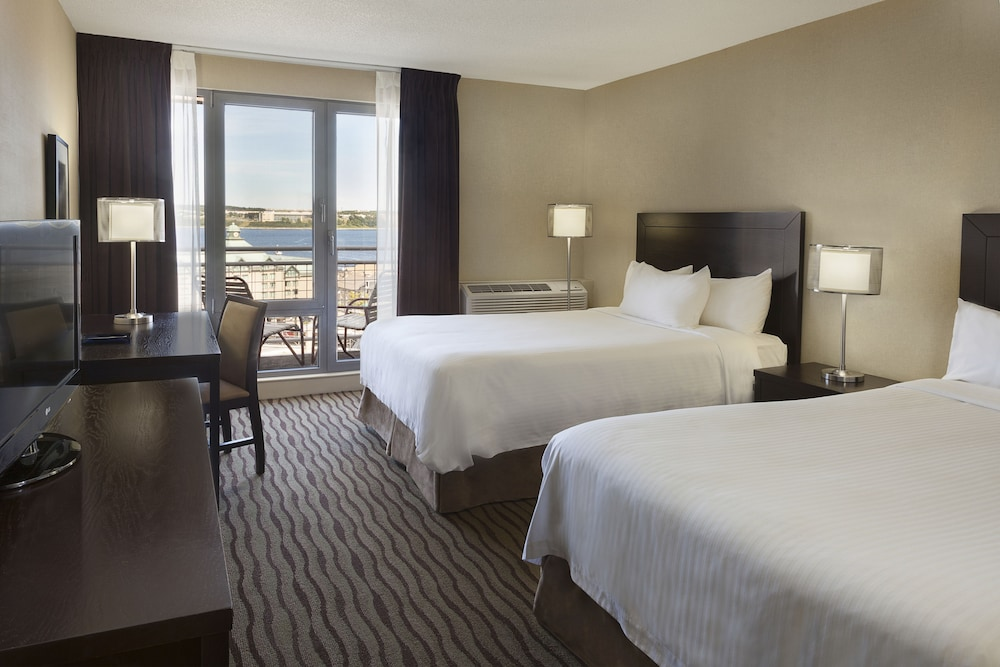 Delta Hotels by Marriott Halifax