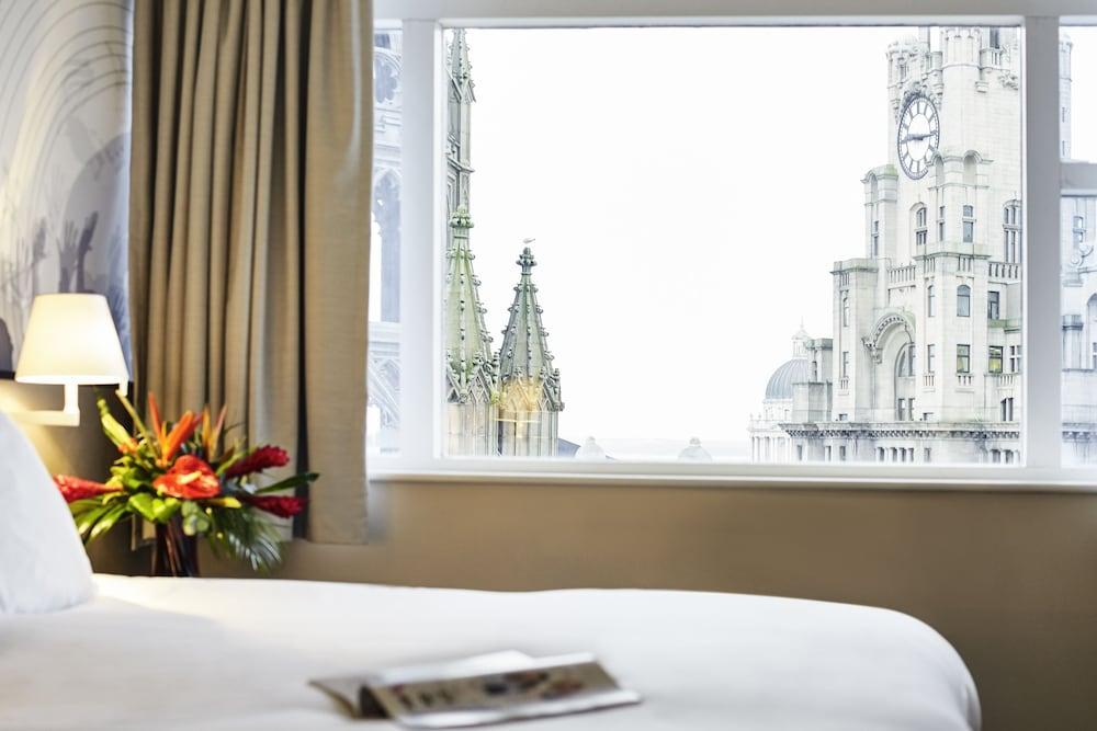 Mercure Liverpool Atlantic Tower Hotel