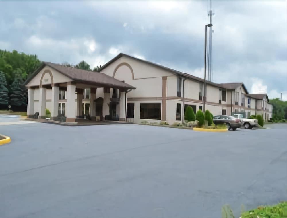 Days Inn by Wyndham Blairsville
