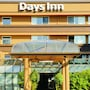 Days Inn by Wyndham Victoria On The Harbour photo 28/41
