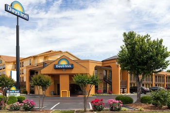 Photo for Days Inn by Wyndham Memphis - I40 and Sycamore View in Memphis, Tennessee