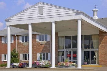 Ramada by Wyndham Washington in Washington, Pennsylvania