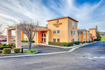 Quality Inn near Six Flags Discovery Kingdom-Napa Valley in Vallejo, California