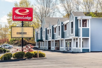 Photo for Econo Lodge in Cranston, Rhode Island