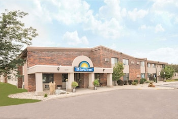 Days Inn by Wyndham Sioux Falls Airport in Sioux Falls, South Dakota