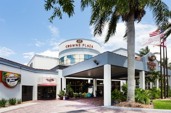 Photo for Crowne Plaza Fort Myers in Fort Myers, Florida