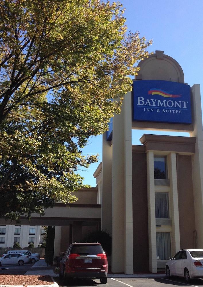 Baymont by Wyndham Charlotte Airport North / I-85 North