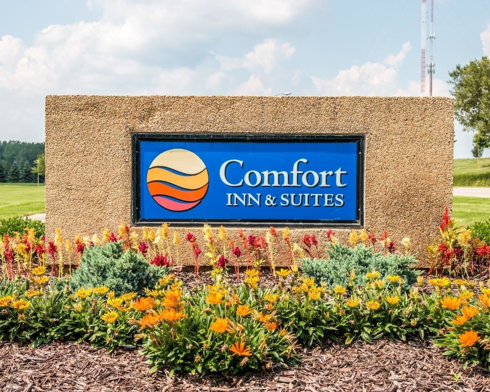 Comfort Inn & Suites and Conference Center