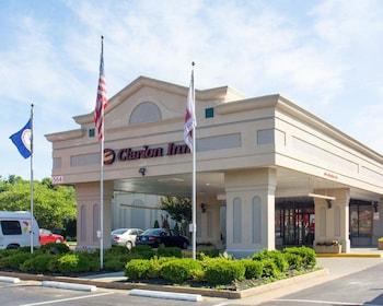 Clarion Inn in Fredericksburg, Virginia