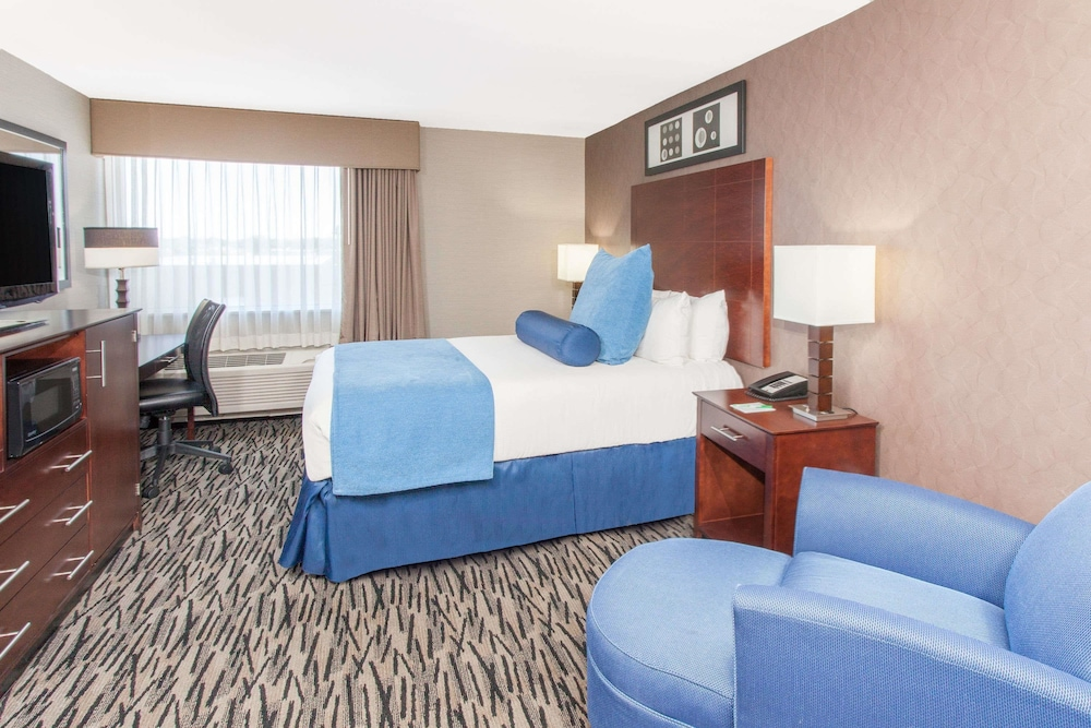 Holiday Inn Express Chicago Nw Arlington Heights Chicago Inr 638 Off 7 0 8 6 Best