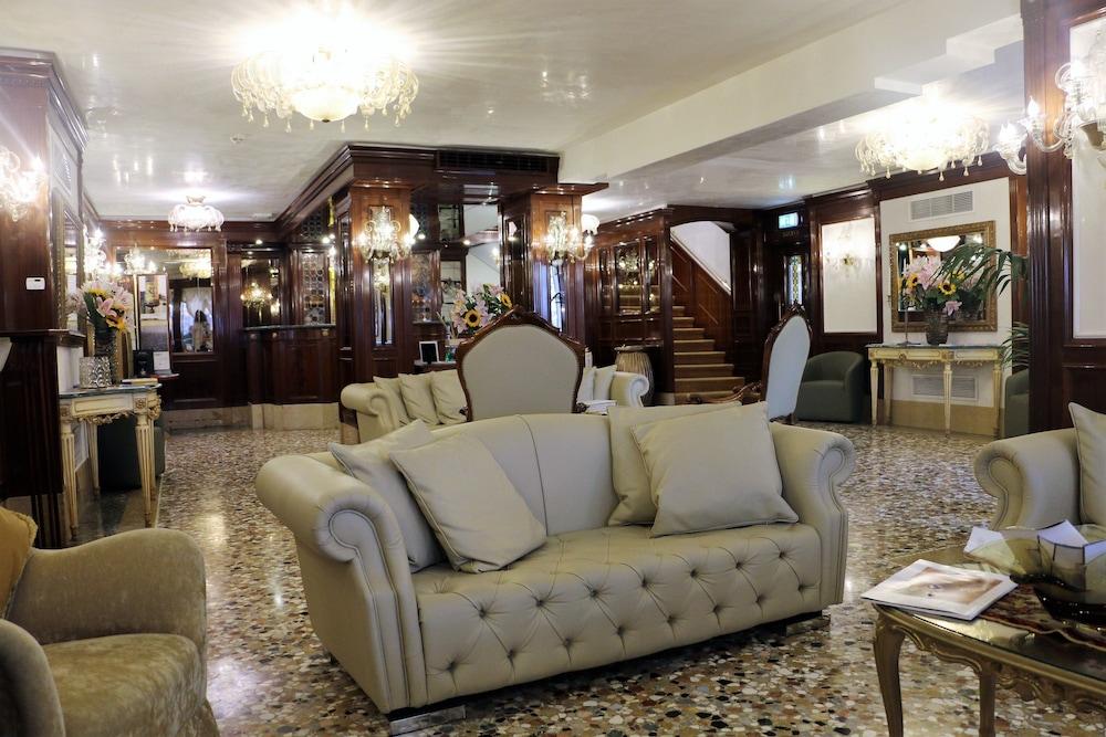 Hotel Savoia & Jolanda