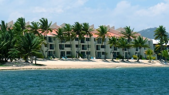 Sugar Beach Condo Resort (250080) photo