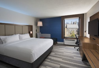 Holiday Inn Express Nashville-Downtown