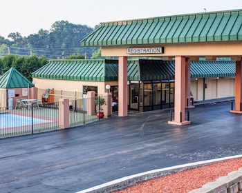 Econo Lodge in Rocky Top, Tennessee