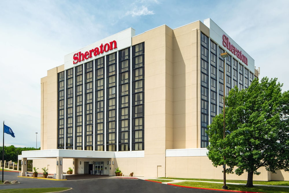 Sheraton West Des Moines Hotel