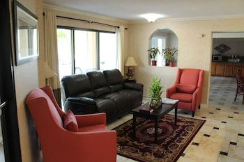 Best Western Little Rock South - Lobby Sitting Area  - #0