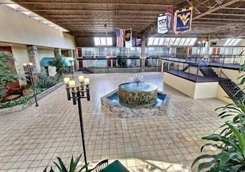 University Inn & Suites in Stillwater, Oklahoma
