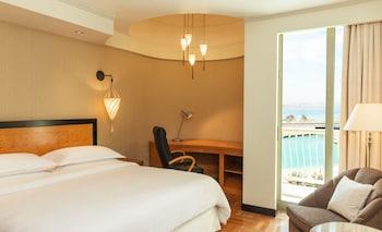 فندق و منتجع شيراتون، أبو ظبي  - غرفة كلوب - منظر للمنتجع