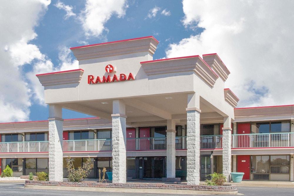 Ramada Hotel & Conference Center by Wyndham Edgewood