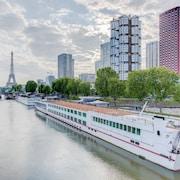 巴黎中心艾菲爾鐵塔諾富特飯店