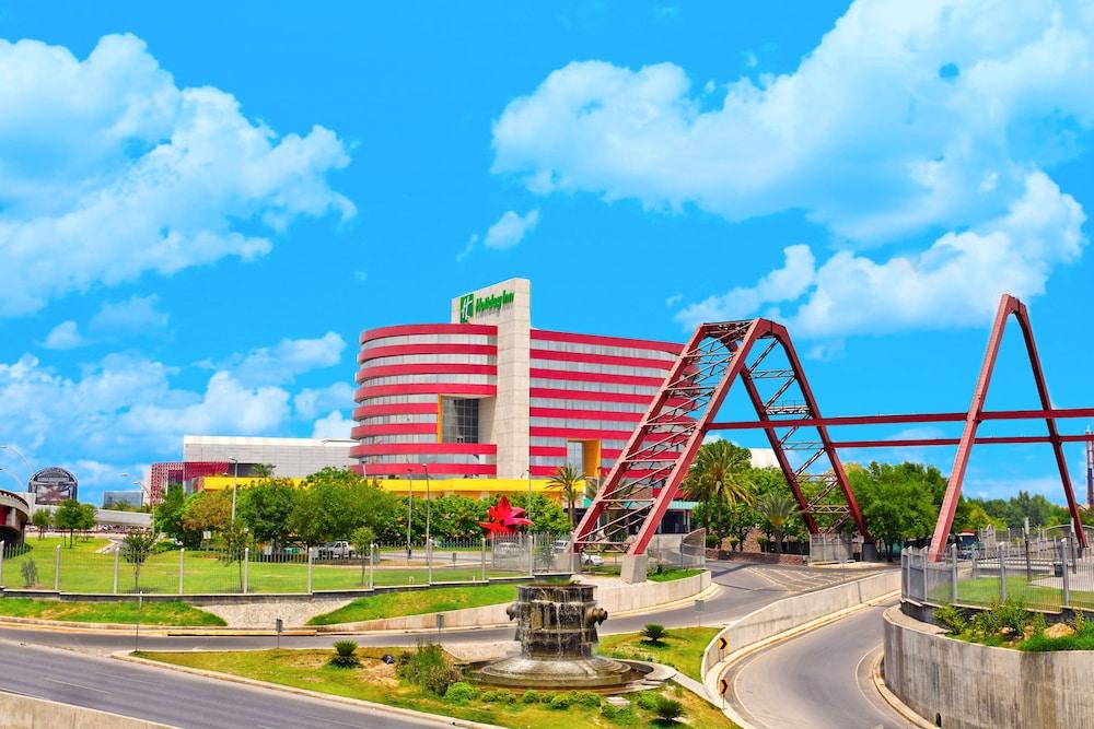 Holiday Inn Monterrey - Parque Fundidora