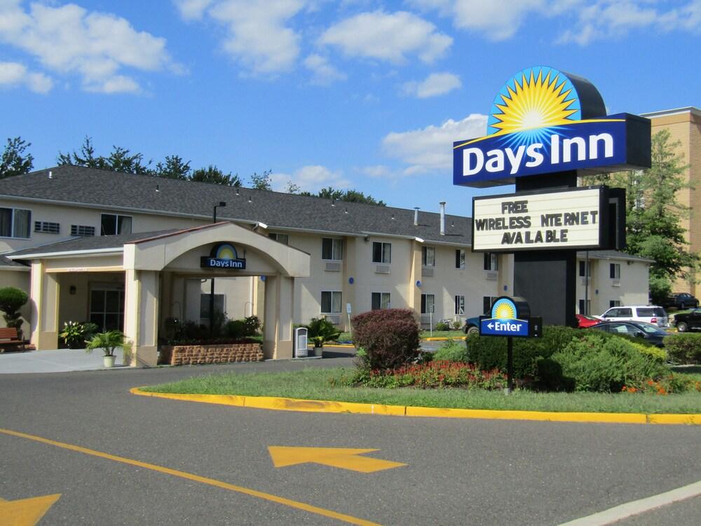 Days Inn by Wyndham Runnemede Philadelphia Area