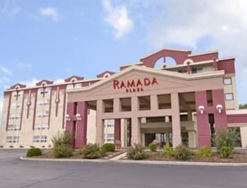 Ramada Plaza Green Bay