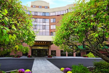 Woodcliff Hotel and Spa in Fairport, New York