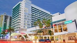 39b05bfb448 Best shopping in Miami
