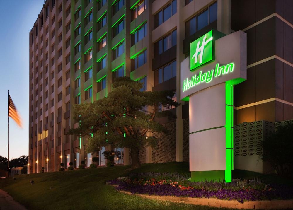 Holiday Inn Downtown - Mercy Area