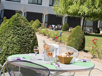 tarifs reservation hotels ibis Styles Tours Sud