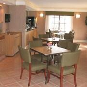 貝斯特韋斯特蒙哥馬利修爾住宿飯店