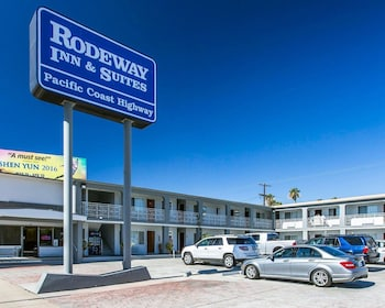 Rodeway Inn & Suites Pacific Coast Highway in Harbor City, California