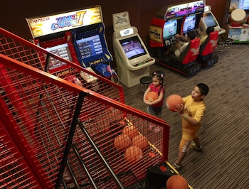 Shangri-La Mactan Game Room