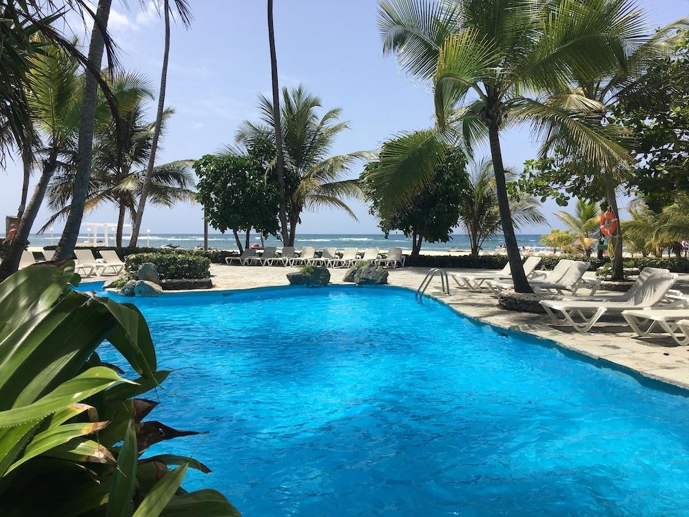 Coral Costa Caribe Resort & Spa - Free Wifi - All Inclusive