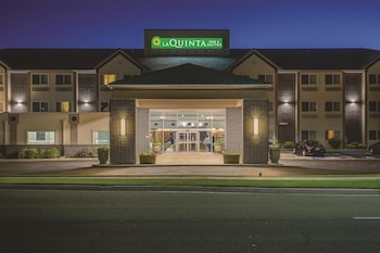 La Quinta Inn U Suites Logan With Find Hotels Near An Address