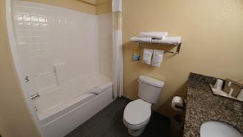 Days Inn and Suites of Payson - Bathroom  - #0