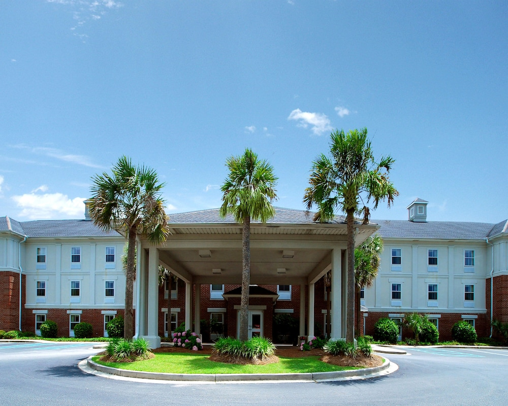 Quality Inn - Suites Patriots