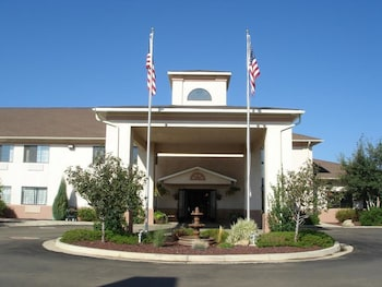 Holiday Inn Express Hotel & Suites Raton in Raton, New Mexico