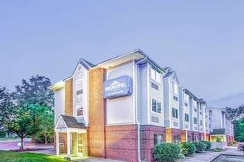 Microtel Inn by Wyndham Newport News Airport in Newport News, Virginia